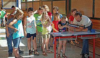Verein macht Schule klein